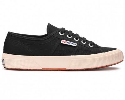 Chaussures COBINU  par Superga