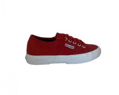 Chaussures Nylu  par Superga